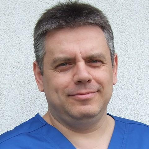 Dr. Rosner Gyula